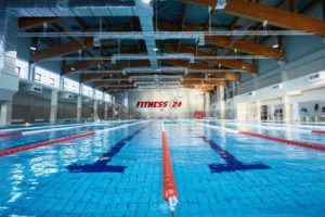 Бассейн в фитнес-клубе 24 часа