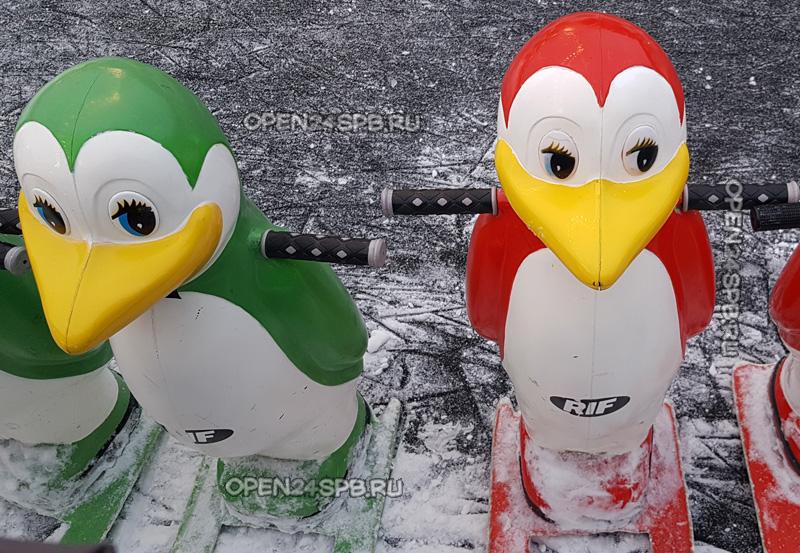 Игрушки-пингвины для обучения катанию на коньках